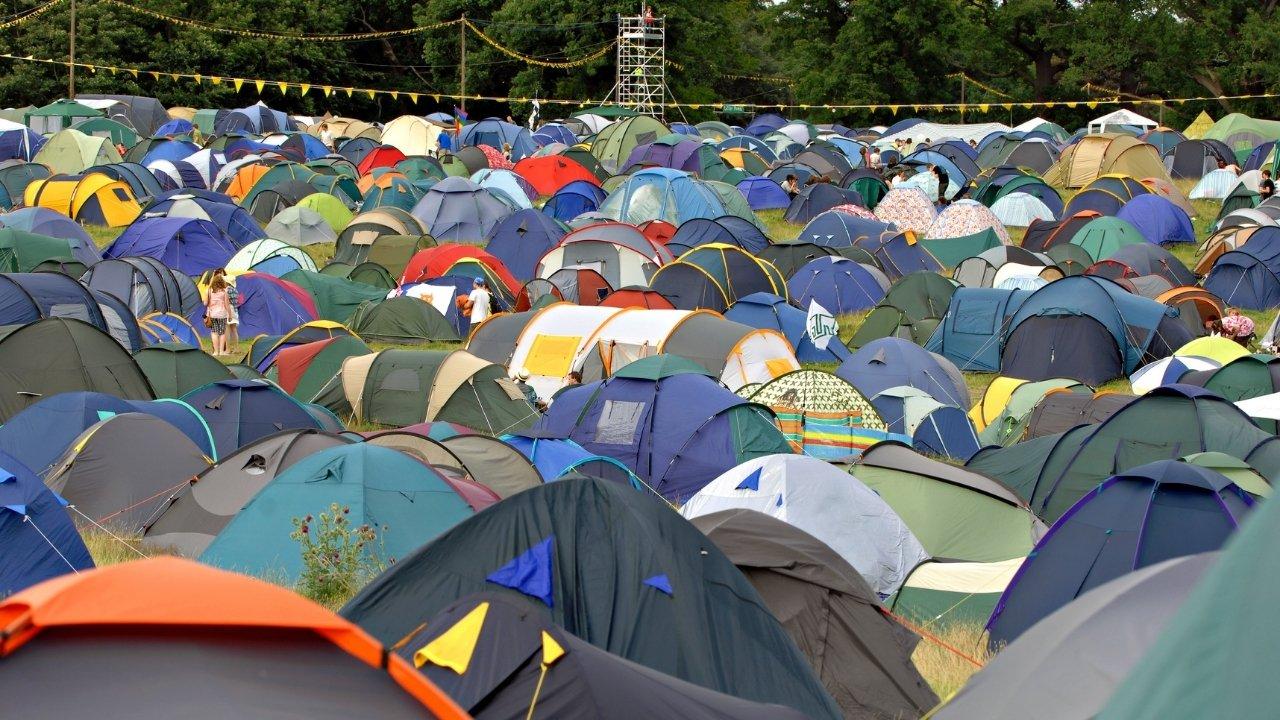 festivalterrein-met-tenten